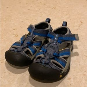 Keen kid shoes